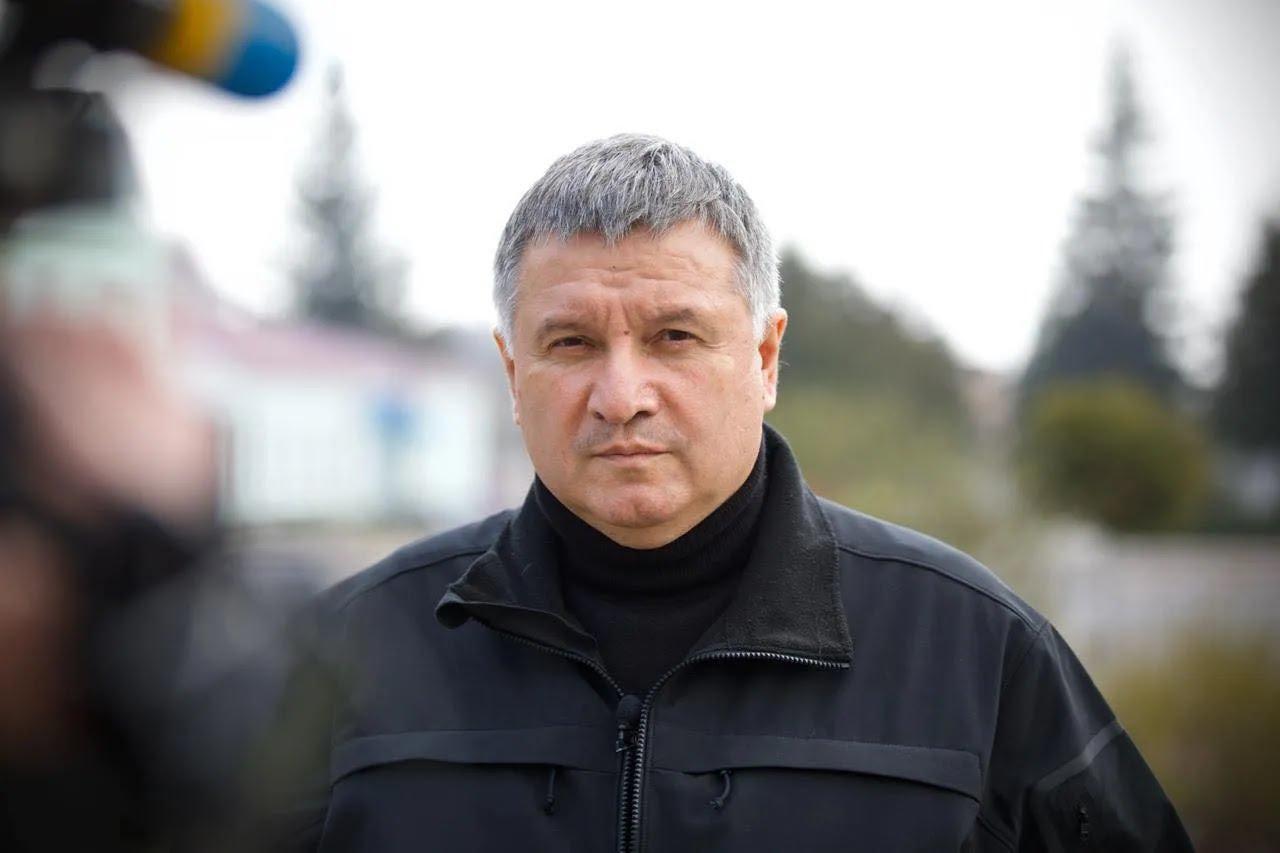 """Аваков сделал заявление по """"разборкам в стиле 90-х"""" под Броварами"""