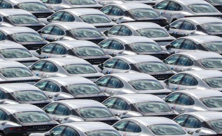 В Європі перестали продаватися автомобілі
