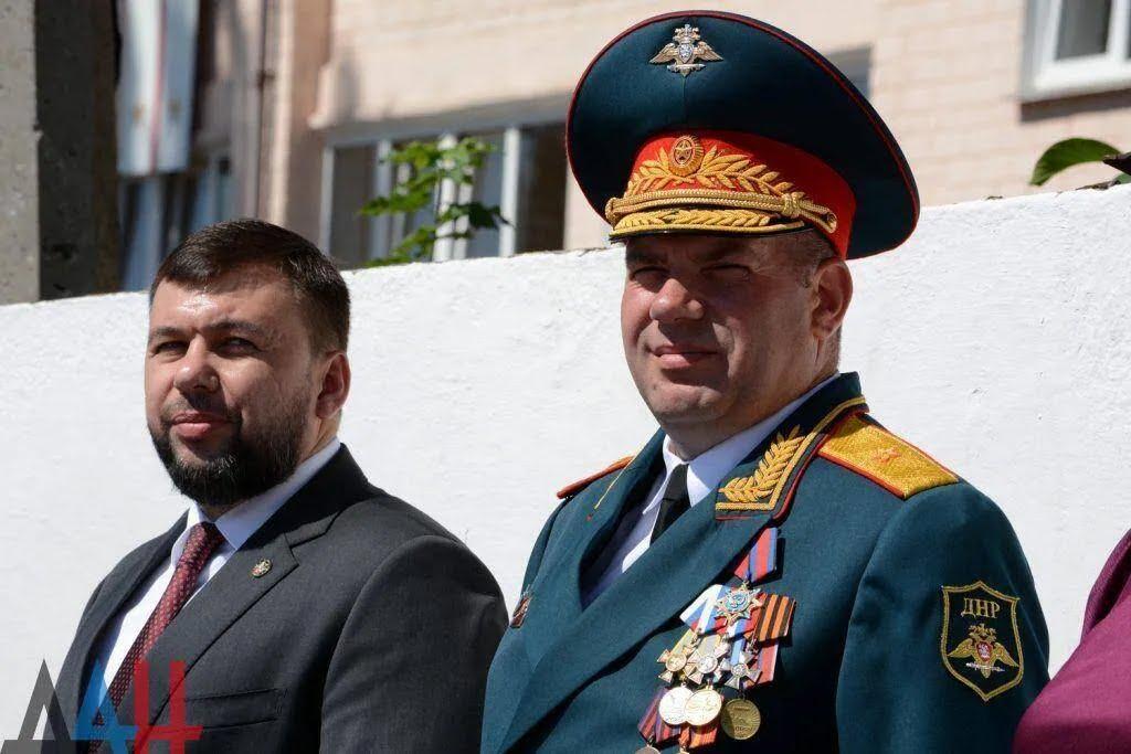 """До """"курсантів"""" прийшов ватажок """"ДНР"""" Денис Пушилін"""