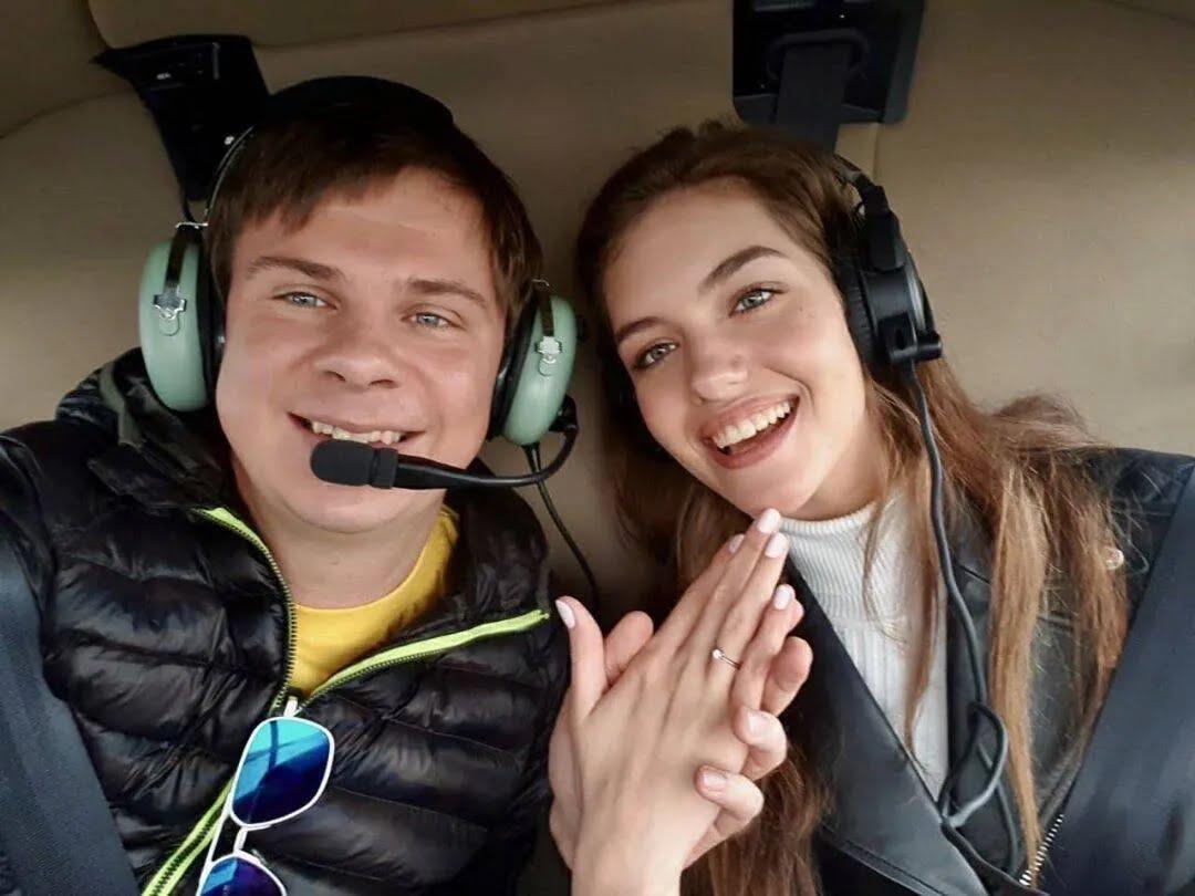 Комаров зробив пропозицію Кучеренко під час польоту