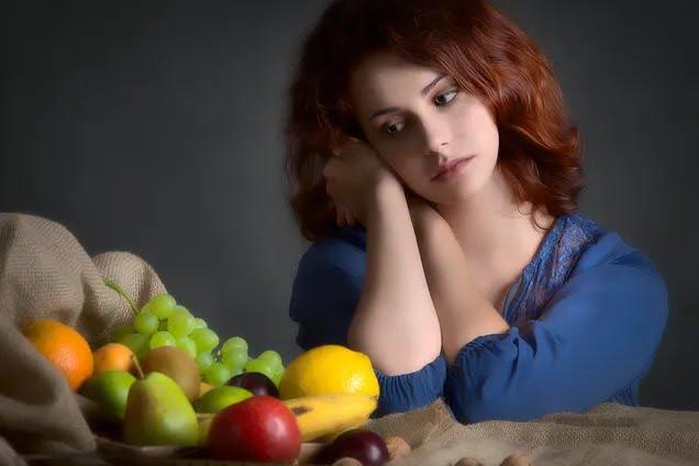 Дієтологиня назвала топ шкідливих звичок