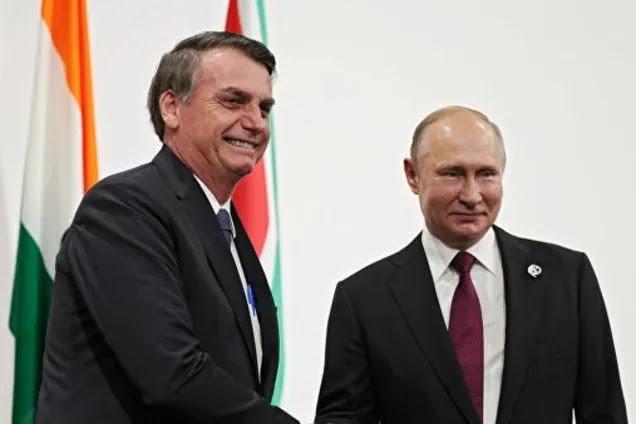 Жаир Болсонару и Владимир Путин