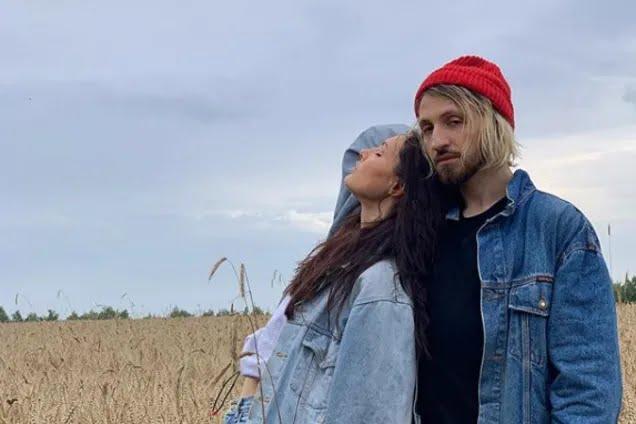 Поліна Фаворська з хлопцем