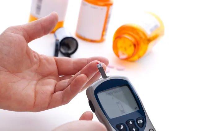 Холестерин у крові: вчені назвали вік для першої перевірки