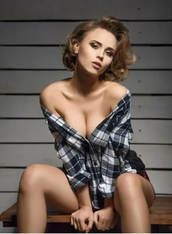 """Анна Кошмал снала для """"Maxim"""" (2015 рік)"""
