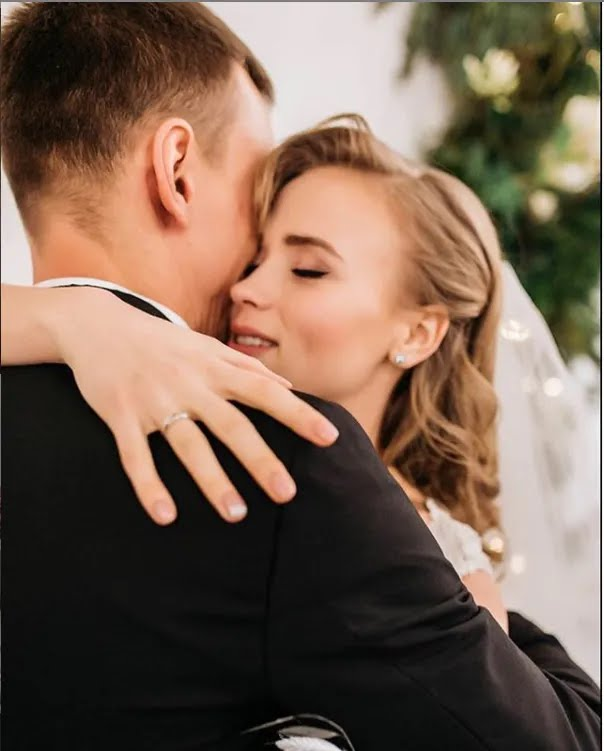 Весілля Анни Кошмал