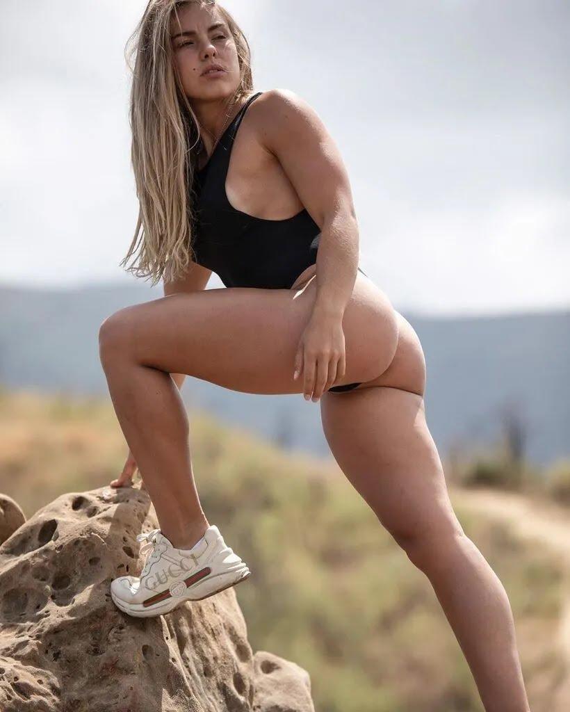 Валерия Гузенкова