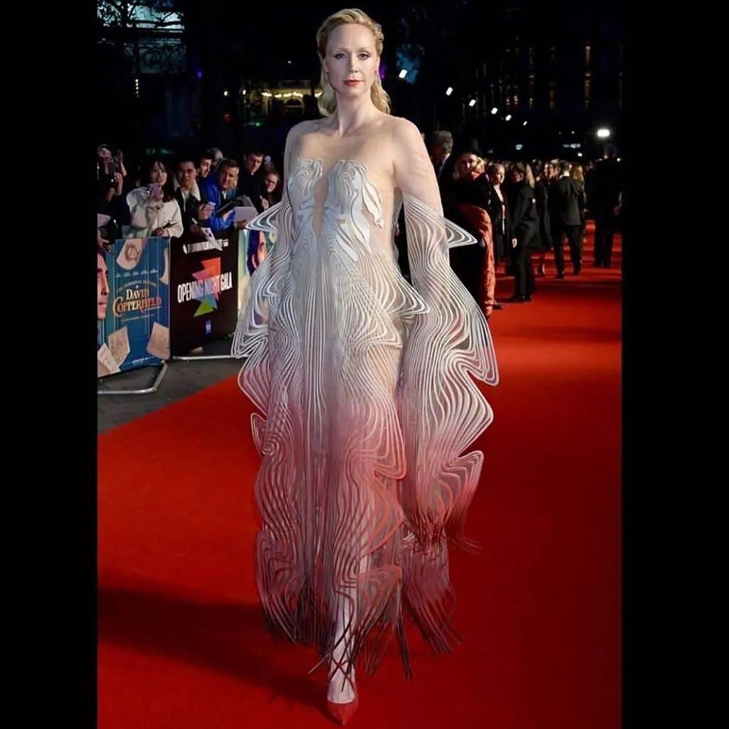 Гвендолін Крісті на червоній доріжці в сукні
