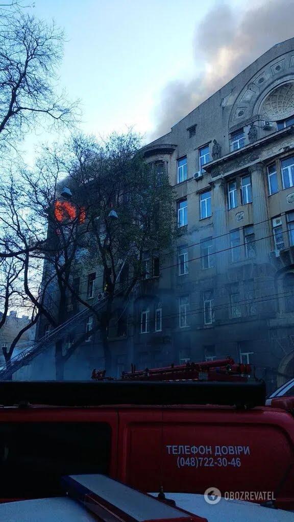 Пожежа в будівлі коледжу
