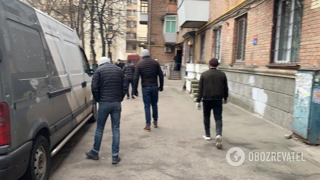 Протистояння в хостелі на вул. Кустанайській, 7 у Києві