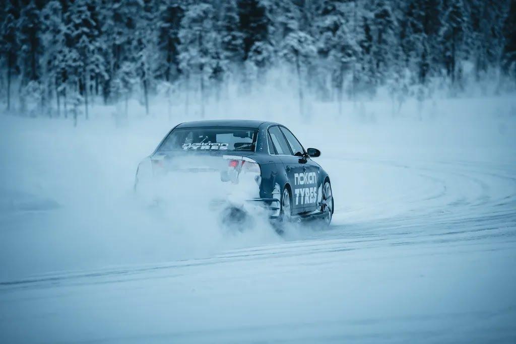 Правильный выбор зимних шин позволит сделать поездку приятной, а главное – безопасной
