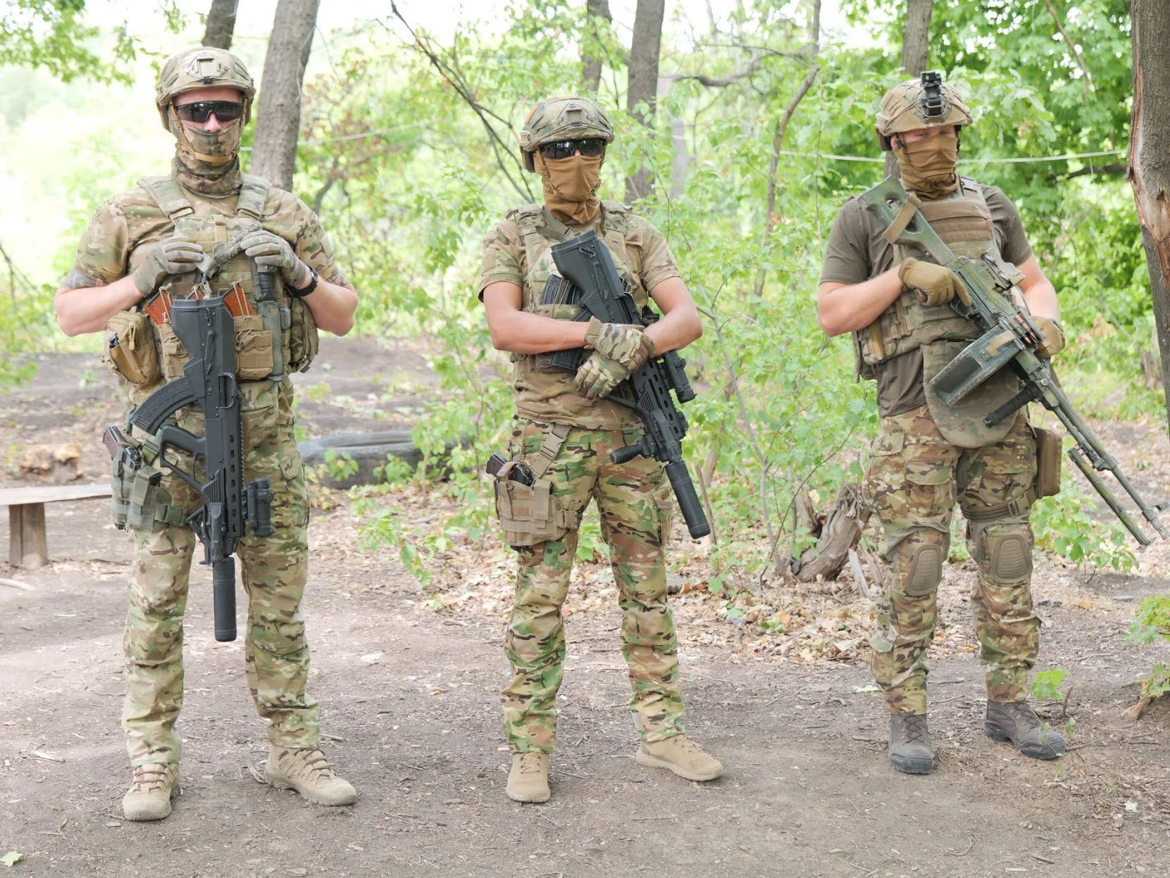 Представники воєнної розвідки в зоні ООС.